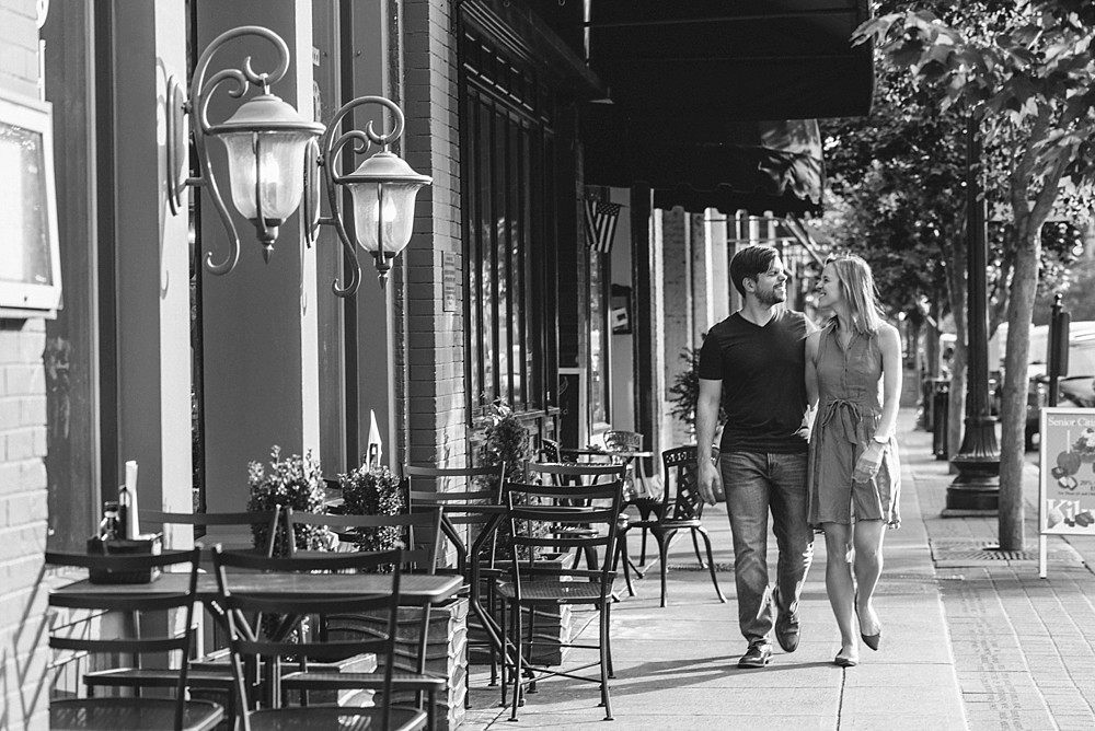 Downtown Franklin - 55 south - Nashville-Wedding-Photographer-Engagement_Photos_Downtown_Franklin_TN_Tausha_Ann_Photography_0006