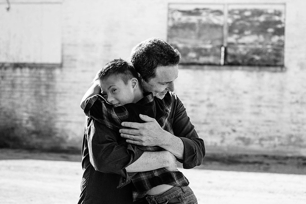 Nashville-Family-Children-Child-Photographer-Harlinsdale-Farm-Downtown_Franklin_TN_Tausha_Ann_Photography_0007 Father and Son hugging